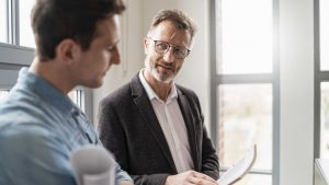To Help a New Hire Succeed, Start With Managing Your Expectations for Them