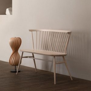 High/Low: The Two-Seater Windsor-Style Bench