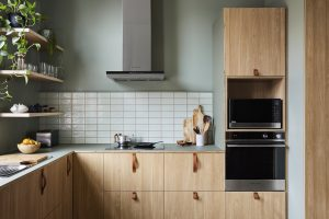 Kitchen of the Week: 'A Secret Retreat' Above a Violin Store
