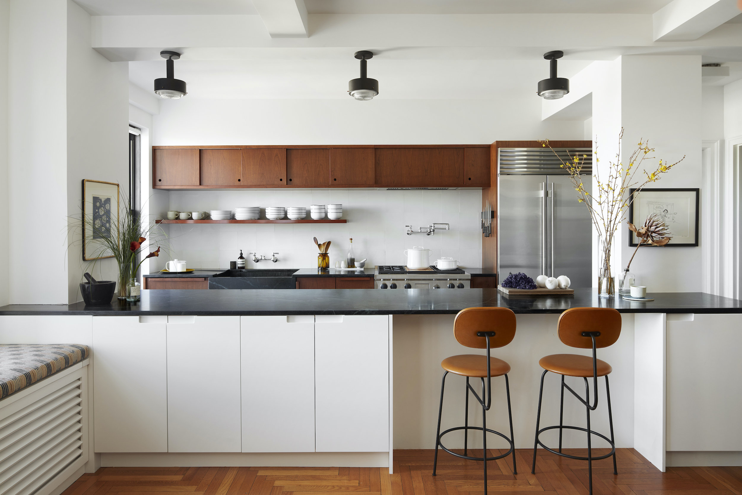 Before & After: A 2,500-Square-Foot Pre-War Brooklyn Apartment Opens Up by Relocating the Kitchen