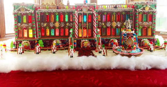 99 Amazing Gingerbread House Ideas