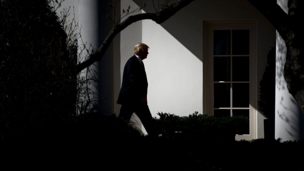 Trump Signs $900 Billion Pandemic Aid Package into Law