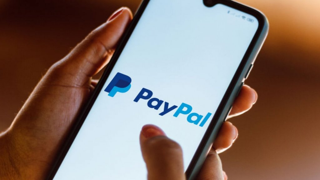 PayPal Raises Wages for Hourly Workers and Profitability Soars