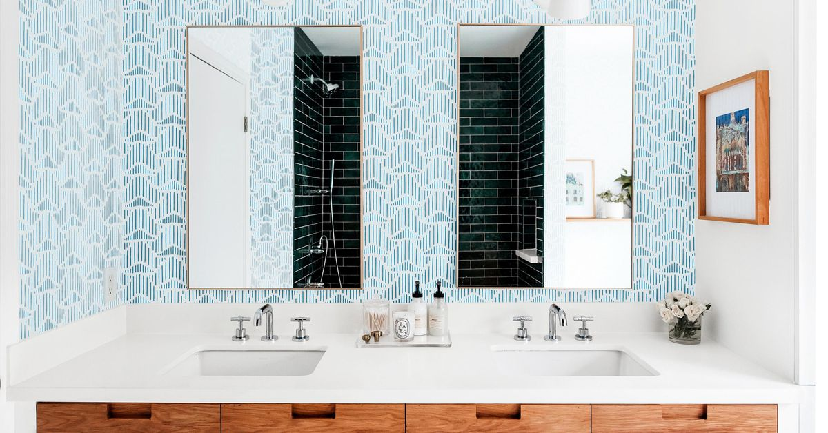 See This Hall Bathroom Get a Fresh Look