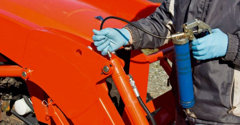 How to Load and Use a Grease Gun