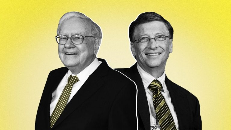 3 Ways Bill Gates and Warren Buffett Stay Optimistic When Everything Seems to be Falling Apart