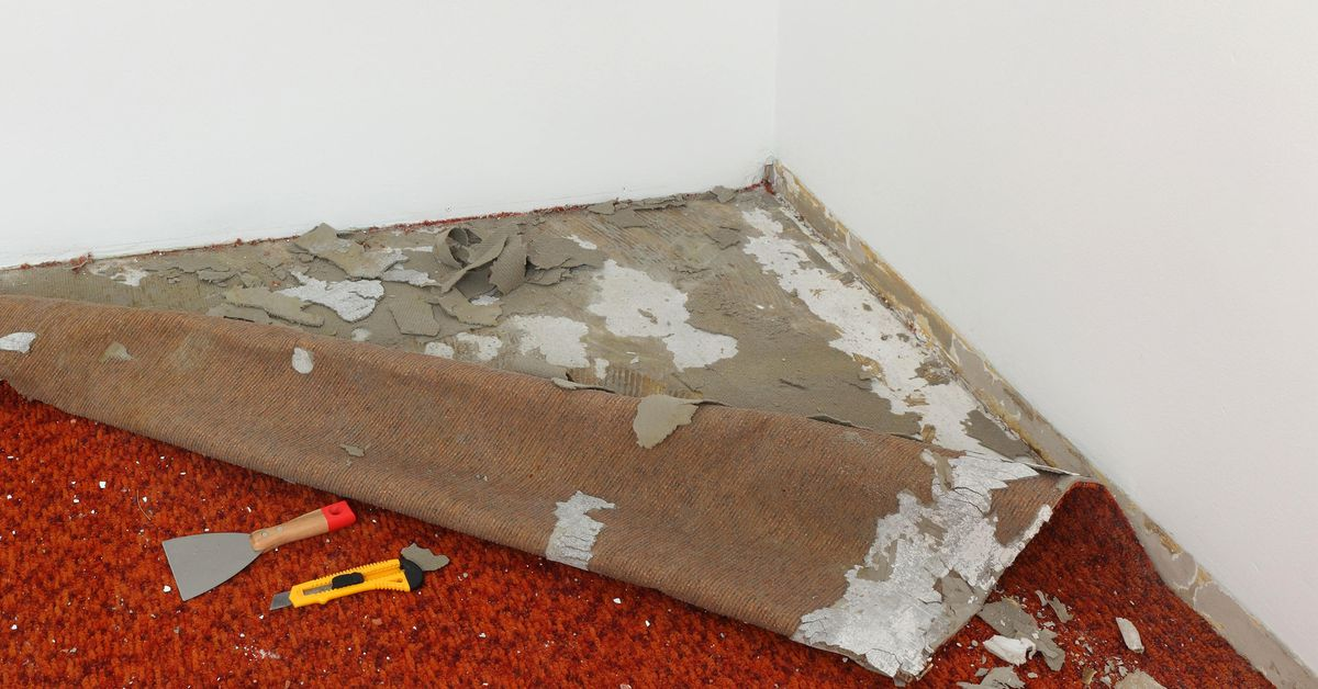 How to Remove Carpet in 5 Easy Steps