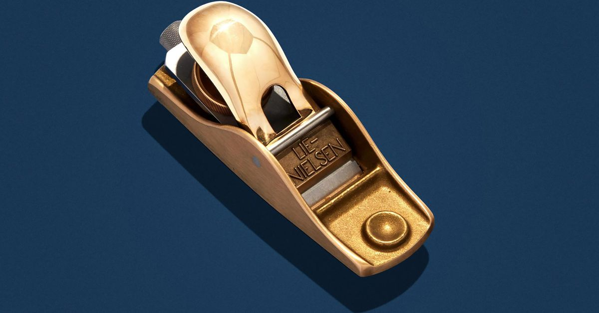 All About the Lie-Nielsen No. 102 Low-Angle Block Plane