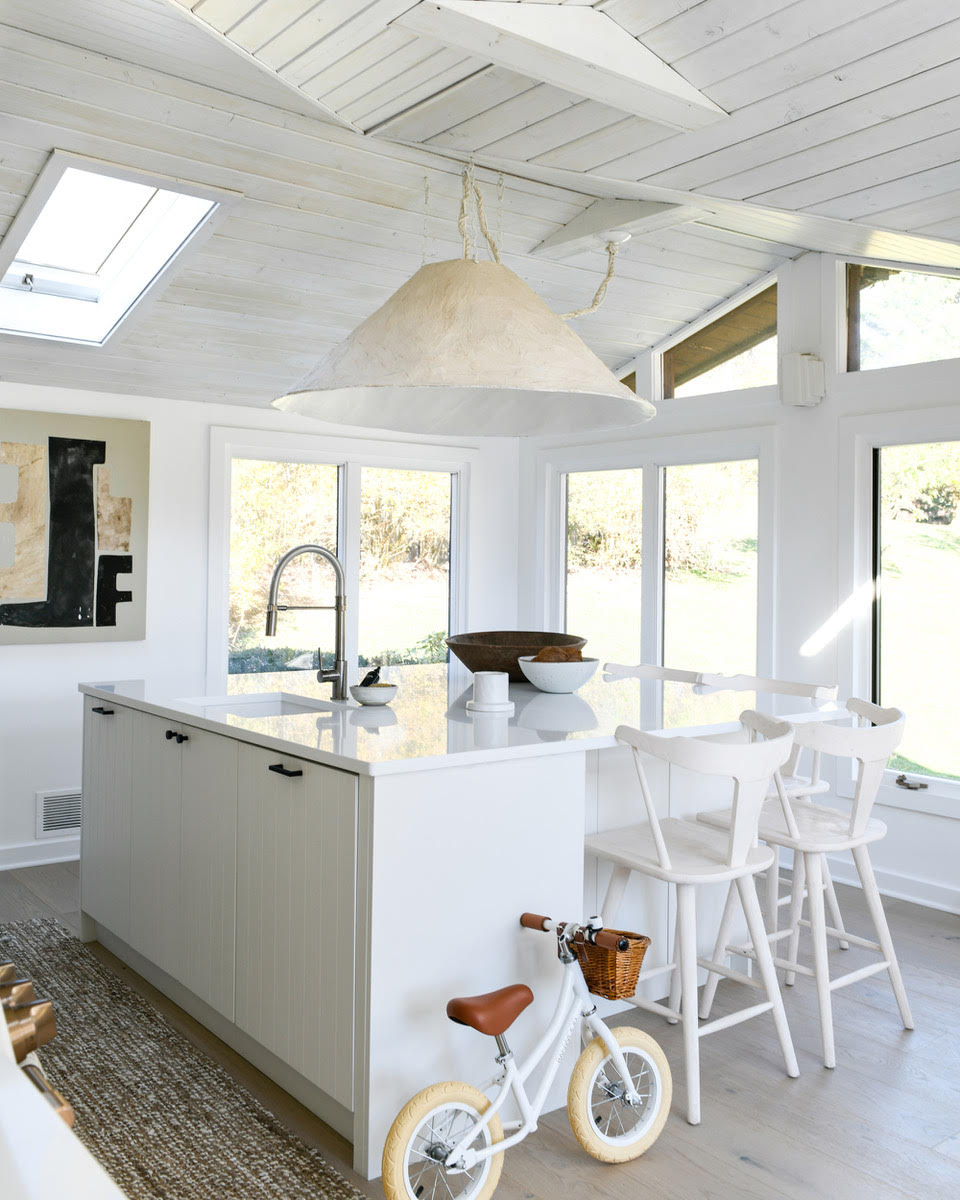 Kitchen of the Week: A Budget Remodel That Looks High-End, Thanks to DIY, Clever Design, and Leanne Ford