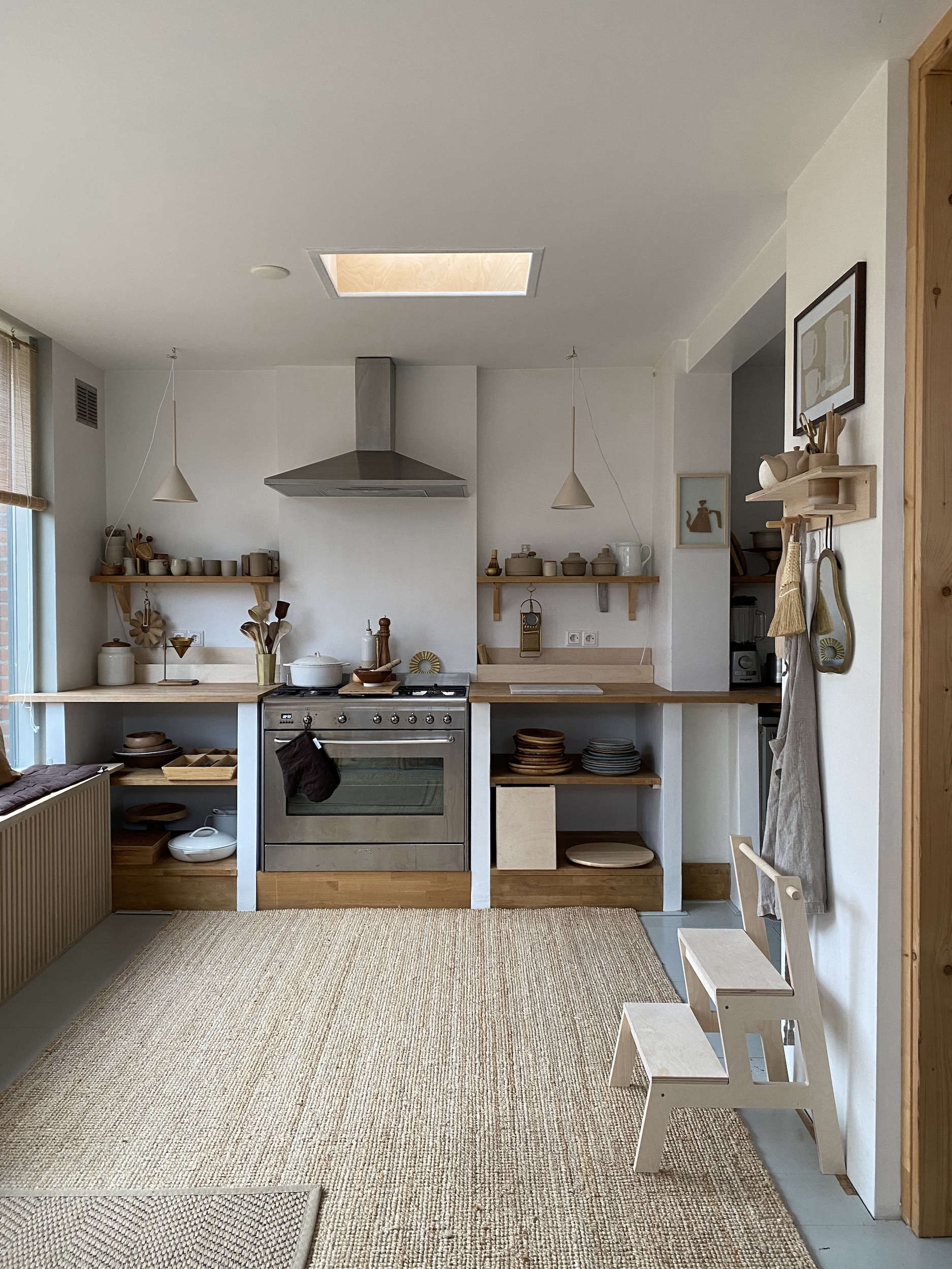 Carved in Wood: The Bespoke Home of a Self-Taught Carpenter and an Interior Designer